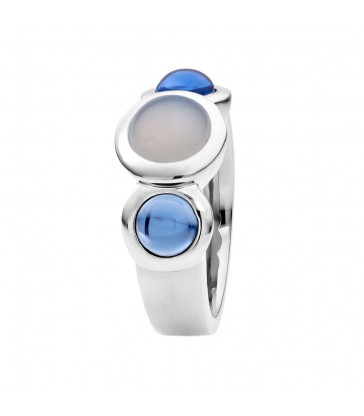 Ring with chalcedony and hydro