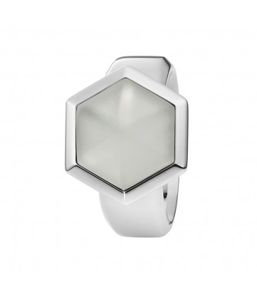 Ring with rock crystal